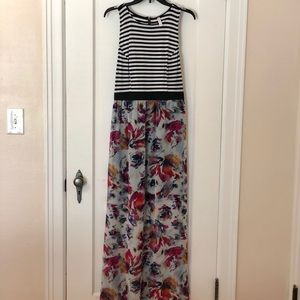 Xhilaration Floral Maxi Dress